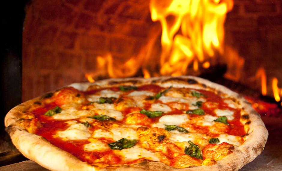 Wood-Fired Neapolitan Pizza Trattoria Zooma Providence RI